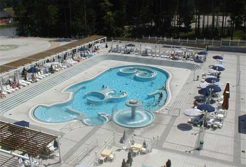 Hotel-Habakuk-piscina